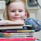 Podręczniki szkolne – gdzie pomogą je zakupić